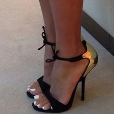 Heels sandals toes polish nails black metallic gold