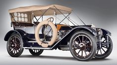1912 Oldsmobile, sold at auction for $ 3.3 million.