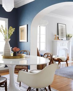 """Emily Henderson on Instagram: """"Don't be afraid to use a darker, bold color like @ginny_macdonald did in her dining room (which is Stiffkey Blue from @farrowandball). Especially if your room gets a good amount of natural light. White and light neutrals feel fresh and bright, but a darker color can add a sophisticated hit of drama. #EHDrulesofstyle  @zekeruelas"""""""