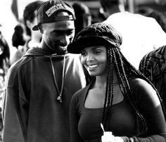 I'm a girl who loves hip hop passionately. Black Couples Goals, Cute Couples Goals, Freaky Relationship Goals, Cute Relationships, Black Love Movies, Tupac Shakur Thug Life, Tupac Pictures, Tupac Makaveli, Estilo Hip Hop
