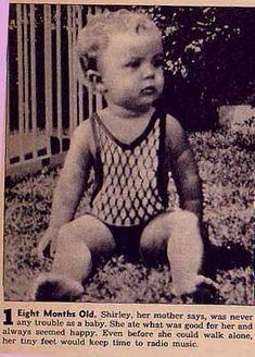 Shirley Temple, December, 1928 at age eight months. She was born April 1928 Classic Hollywood, Old Hollywood, Golden Age Of Hollywood, Child Actresses, Child Actors, Temple Movie, Shirly Temple, Actrices Hollywood, Cinema