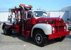 Old Mack Wrecker