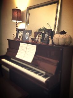 Pianos get excited about the time of year.  They love being dressed up - and they pull off the homiest decorations just as well as they do the most glamorous.