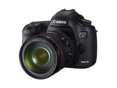 [RAW NEWS] Canon presenta EOS 5D Mark III      L'ultima reflex della gamma EOS offre maggiore velocità, risoluzione (22,3 mp) e potenza di elaborazione, con possibilità creative estese sia per la sezione fotografica sia per quella video Full HD