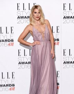 Mollie King with natural delicate waves at the Elle Style Awards