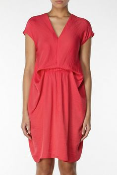 Gathered in waist tunic, V neckline and short sleeves tunic, by Hoss Intropia