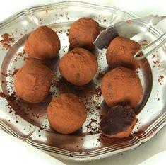 chokladtryffel recept - Lindas Bakskola & Matskola Christmas Fun, Fudge, Gluten Free, Cookies, Glass, Sweet, Desserts, God, Glutenfree
