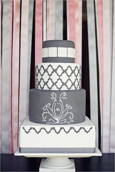 Love this structured grey and white cake. It would be so easy to add your own color accent!