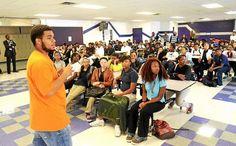 Hundreds of Pontiac students receive backpacks from Oakland University program