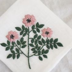 Learn Embroidery, Hand Embroidery Designs, Embroidery Applique, Embroidery Patterns, Needlepoint Stitches, Needlework, Japanese Embroidery, Embroidery Techniques, Crafty Projects
