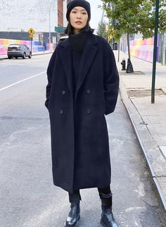 Winter Coat Outfits, Winter Fashion Outfits, Look Fashion, Stylish Winter Coats, Long Winter Coats, Manteau Camel Oversize, Oversized Coat, Camel Coat, Black Coat Outfit