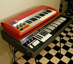 Bontempi POP3 37.RMC1 : retro designed music store organ69