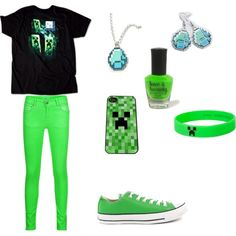 Minecraft Fashion, I love this I have started my collection with the earrings but I need an iPhone to go in that case my phone won't fit I might have to get a skin for my tablet instead