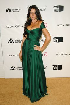 Charming Women Emerald Green Long Evening Dresses Off the Shoulder Maxi Plus Size Sweetheart A line Celebrity Prom Dresses 2015