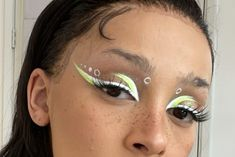 Uv Makeup, Mini Makeup, Lots Of Makeup, Eye Makeup Art, Crazy Makeup, Pretty Makeup, Eyeshadow Makeup, Makeup Goals, Makeup Inspo