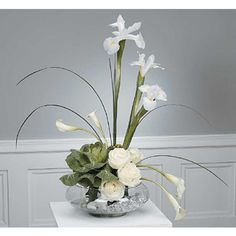 JHS012-31-Stylized White Arrangement with Ornamental Cabbage