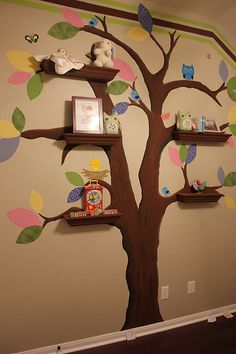 Make the tree and shelves all white