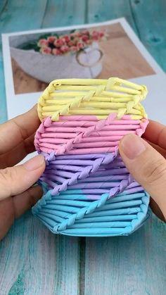 Diy Crafts Hacks, Diy Crafts For Gifts, Diy Home Crafts, Diy Arts And Crafts, Diy Crafts Videos, Creative Crafts, Cool Paper Crafts, Paper Flowers Craft, Paper Crafts Origami