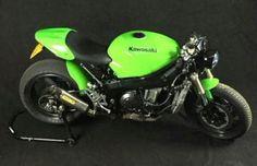 Kawasaki ZXR750 caferacer/streetfighter