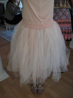 how to make panelled tulle skirt