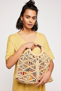 The Free People Esmerelda Macrame Natural Crochet Tote is a top 10 member favorite on Tradesy. Knit Slippers Free Pattern, Knitted Slippers, Crochet Tote, Bead Crochet, Crocheted Bags, Lund, Macrame Purse, High Fashion, Womens Fashion
