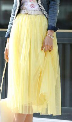 Layered mesh skirt S1322051