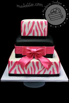 I like this, but top and bottom would be black and white zebra print and the middle would be pink (: