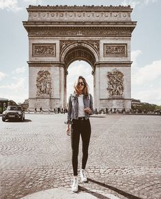 @nicholeciotti wears the Lena Zip High in Paris | The Frye Company