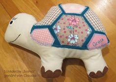 Kuscheltier oder Spieluhr -Schildkröte Selma- (Nähanleitung und Schnittmuster von shesmile) Hier genäht von Claudia.