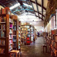 Barter Books, situada en Northumberland (Inglaterra). Ubicada en una antigua estación de tren (Anwick Station), se trata de la librería de libros de segunda mano más grande del Reino Unido.