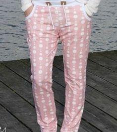 Coole Jogginghose für Ladies mit oder ohne Taschen - Schnittmuster und Nähanleitung via Makerist.de