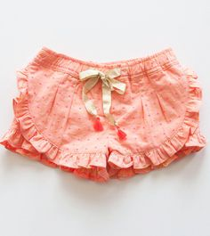 Girls' mini short: S/S 15 commercial update Little Girl Fashion, My Little Girl, My Baby Girl, Kids Fashion, Short Niña, Mini Short, Outfits Niños, Kids Outfits, Sewing For Kids