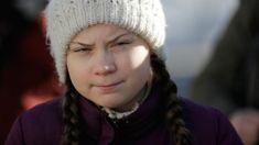 """Greta Thunberg im Interview: """"Hätte ich kein Asperger, wäre das hier nicht möglich gewesen"""" - ZDFheute Greta, Modern Witch, Aspergers, Knitted Hats, Interview, Winter Hats, Knitting, World Economic Forum, Make It Happen"""