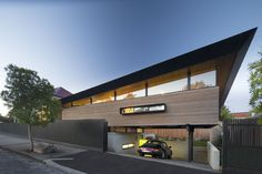 Mullet House in Melbourne an amazing piece of architecture by March Studio. Studios Architecture, Architecture Awards, Architecture Design, Residential Architecture, House Extension Design, House Design, Extension Ideas, Suburban House, Garage House Plans