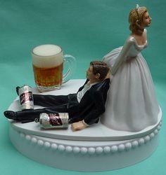 Wedding Cake Topper Schlitz bière boire Mug canettes buveur Groom w / jarretière de mariée mariée humoristique boisson Unique drôles Top Original sur le thème
