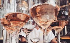 Weinsorten-Typologie - Rotwein, Weißwein oder Rosé? Was deine Wein-Wahl über deinen Charakter aussagt