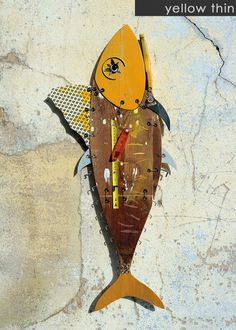 Funny Hunged Tuna Fish are made out of Recycled Materials and Found Objects Wall Sculptures, Sculpture Art, Assemblage Kunst, Recycled Art, Recycled Materials, Bizarre, Junk Art, Fish Design, Driftwood Art