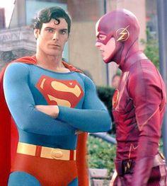 Superman and Flash American Comics, American Actors, Comic Pictures, Comic Pics, Comic Book Companies, Christopher Reeve Superman, Superman Characters, Flash Tv Series, Fictional Heroes