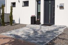 Der Öko-Pflasterstein Felis UHL Exklusive Pflastersteine Grau Hauseingang Anbau Meliert Trendsteine Eingangsbereich