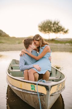 Engagement pictures on a boat, like The Notebook!