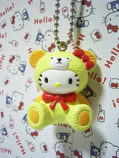 HELLO KITTY Teddy Bear Kawaii Tiny Mascot Figure Doll Ball Chain Charm '03Yellow : *Condition* Unused condition, HOWEVER this item is pretty old (released 10 years ago), so please make sure to check all of the pictures in the picture's gallery before bidding or purchasing! Released by Sanrio Japan in 2003. 14.99-19.99 (3.80/3.90/4.50)