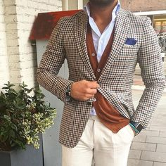 Great Combo #Repost @theclassyclub #menimprovement #mensfashion #menswear #mensstyle #mensclothing #styleguide #fashion #fashionblogger #mensfashionblogger #menslifestyle #amanslife #dapperman #dapperstyle #business #success #motivation #menwithclass #swag #style #timeless #class #pureclass #classy #classicstyle #luxury by menimprovement