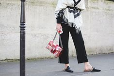 How French Girls Do Street Style For Fashion Week  #refinery29  http://www.refinery29.com/2016/03/105661/paris-fashion-week-fall-winter-2016-street-style-pictures#slide-21  Spotted: last season's most knocked-off shoes....