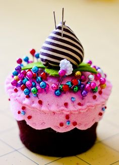 Pin cushion cupcake