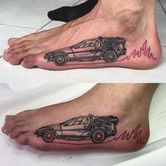 This two guys are married by Delorean. Thanks for the opp. Great movie x Top Tattoos, Trendy Tattoos, Sexy Tattoos, Body Art Tattoos, Small Tattoos, Tattoo Art, Back To The Future Tattoo, Simple Tattoos For Guys, Sugar Skull Tattoos