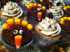 Turkey cupcakes for thanksgiving :)