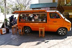 Barista in a Dodge. This guy can brew a decent cup of coffee, Changmai style. Moved base from the Southern extreme bac...