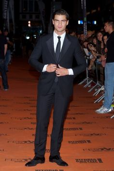 Fabulously Spotted: Maxi Iglesias Wearing Gucci - 5th FesTVal Television Festival 'Galerias Velvet' Premiere - http://www.becauseiamfabulous.com/2013/09/maxi-iglesias-wearing-gucci-5th-festval-television-festival-galerias-velvet-premiere/