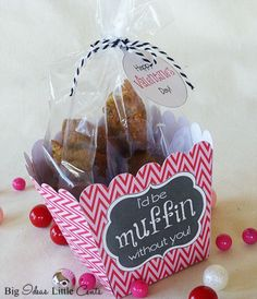 Super Simple DIY Muffin Valentine Gift {with a freebie!} - Big Ideas Little Cents