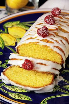 Lemon Double Glaze Pound Cake